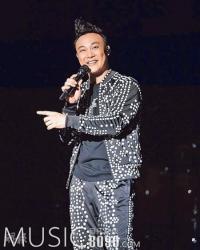 陈奕迅被指因买楼开唱赚钱 回应:没人逼我