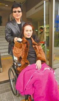 """台""""月亮歌后""""李珮菁结束20年婚姻:母亲逼的"""