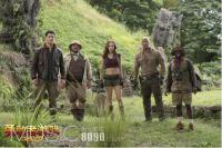 《速度与激情8》之后再献《勇敢者游戏:决战丛林》 巨石强森对战群兽获漫威之父站台