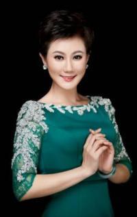胸怀梦想有力量 带着春天唱中国 一一青年女高音叶翠用《春天 中国》为民族强盛的春天