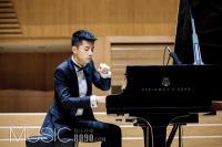 蔡佳原钢琴独奏会在京举办 与恩师任岩携手演奏《黄河》