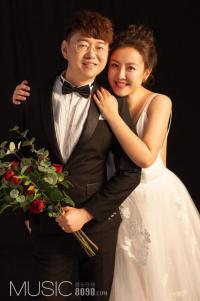 一场大咖云集的浪漫婚礼,主角是演员张莉莎与配音演员赵铭洲