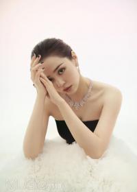 张靓颖糖果色大片曝光 纱裙造型又美又仙气场十足